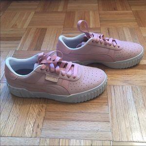 NWOT Puma Cali Palm Springs sneakers